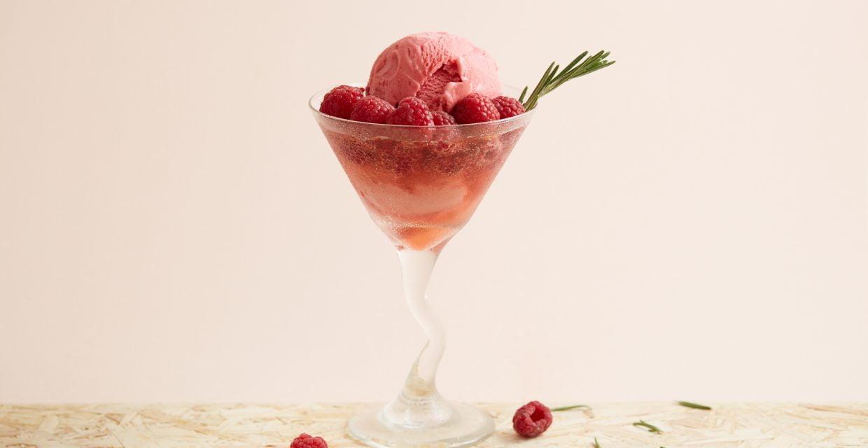 Ice cream recipes - Pink Grapefruit Fizz Cocktail