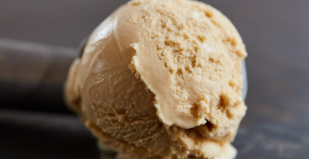 Black Treacle Ice Cream